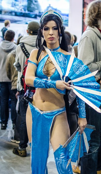 MK cosplay girl at Igromir 2012