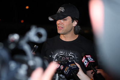After the Escape Criss Angel meets with the Press and Fans  on Clearwater Beach Florida