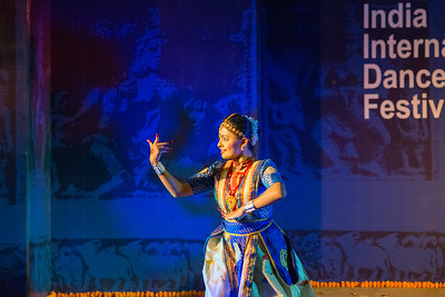 Dr Devika Borthakur & group, Sattriya.  INTERNATIONAL INDIA DANCE FESTIVAL (IIDF MUMBAI 2018) 3rd March 2018. Organized by Aratrika Institute of Performing Arts and Samskritiki for its first season in Mumbai.