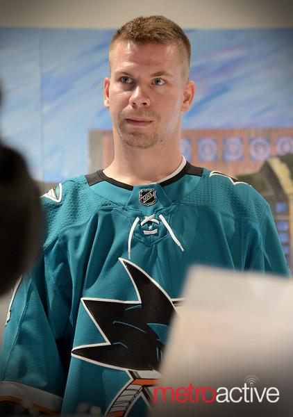 Sharks Forward Joonas Donskoi