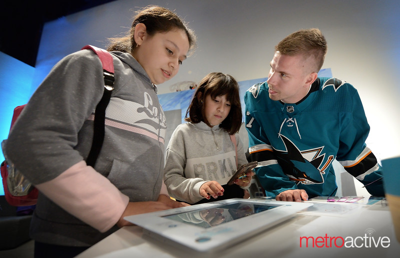 Sharks Forward Joonas Donskoi with students