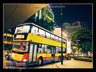 Double Deck Bus @ Central Park, Hongkong in Rush our