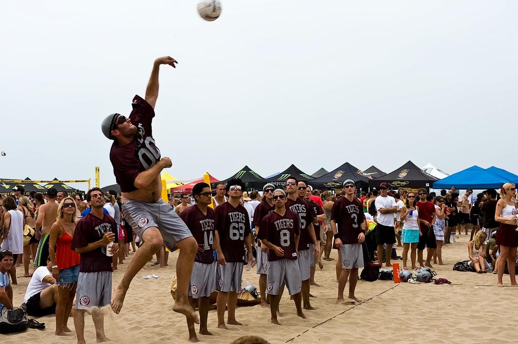 Manhattan Beach Volleyball 20080802-200
