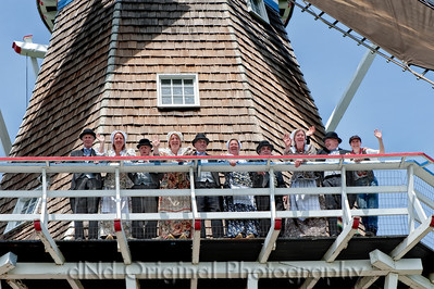 016a It's Tulip Time In Holland Every Year In May 2009 - Moederleet Singing Group On DeZwaan Windmill (lucis)