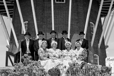 023d It's Tulip Time In Holland Every Year In May 2009 - Moederleet Singing Group By DeZwaan Windmill b&w