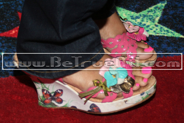Elite's Shoes... They were nice, that's why I have a photo of them. She told me that she got them in LA when her and Keyshia went shopping...