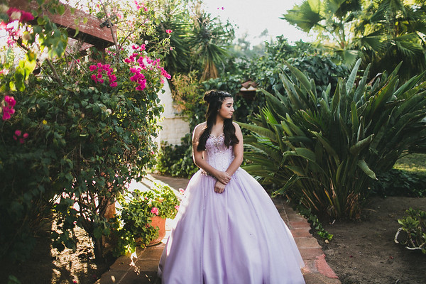 JOVANNA//QUINCEANERA
