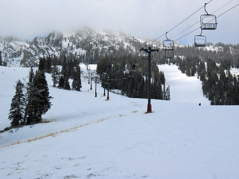 <b>Jackson Hole mountain resort, mid-mountain</b>   (Dec 11, 2006, 03:18pm)