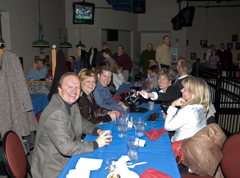 <b>A table at the evening party</b>   (Dec 03, 2005, 09:27pm)