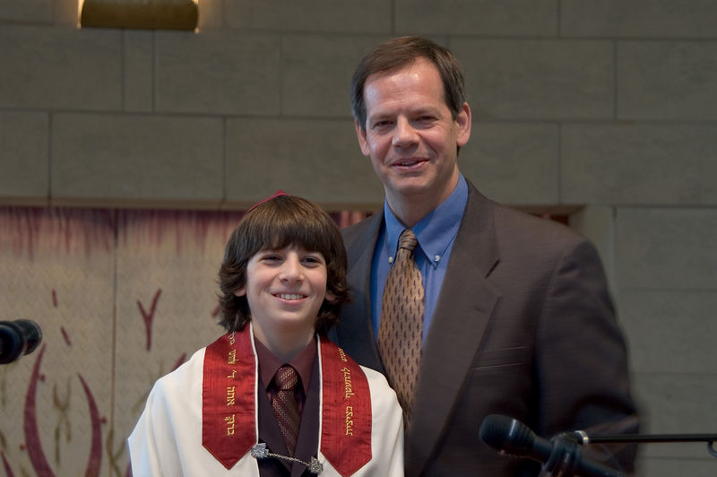 <b>Jacob and his father Larry</b>   (Dec 03, 2005, 10:54am)
