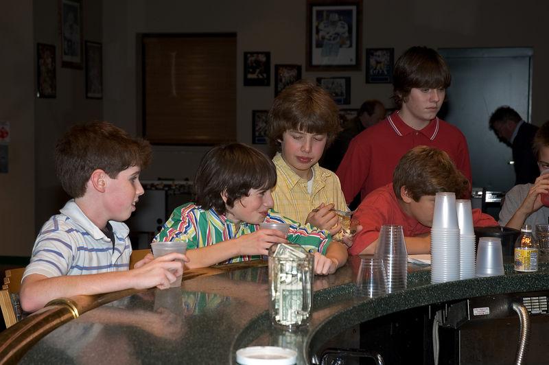 <b>Zack, Jacob, Neil, Chad, and Bryndon</b>   (Dec 03, 2005, 09:13pm)