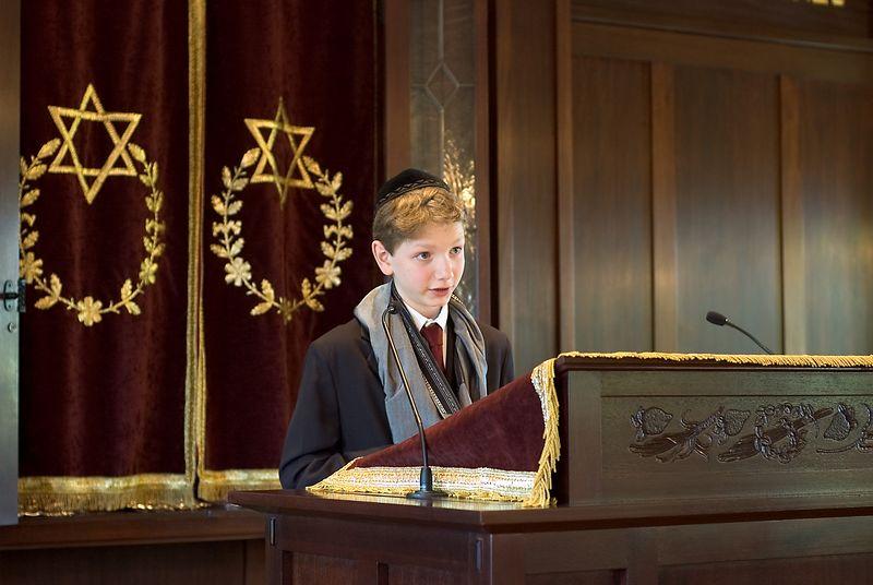 <b>Jamie Dvar Torah</b>   (May 28, 2005, 10:21am)