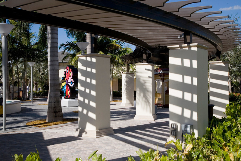 Circular center courtyard with fountains surrounded by the overhead woodwork and decorated for the month with the colorful Britto sculptures made a lovely sight.