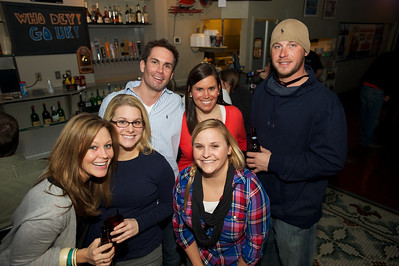 Jillian, Beth, Brent, Lindsey, Lindsey and Adam of NKY at Jerzees for the Bengals game Saturday
