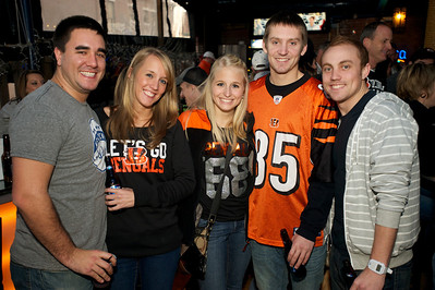 Bret Holbrook, Kristen Geiger, Ashley Morris, Ryne Smith and Matthew Shoulta at Jerzees for the Bengals game Saturday