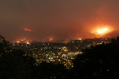 2nd night, view from atop Cabrillo hill.  Some parts of the downtown area have been evacuated and hot spots have flared up sporadically all over the city.  Approx 30 hours after the fire started.