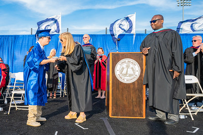 20210625-LBHS Graduation 2021Z62_2333