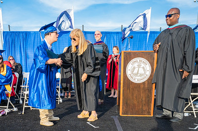 20210625-LBHS Graduation 2021Z62_2334