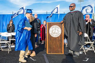 20210625-LBHS Graduation 2021Z62_2336