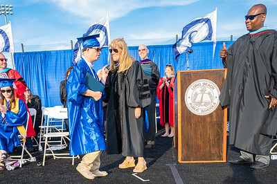 20210625-LBHS Graduation 2021Z62_2335