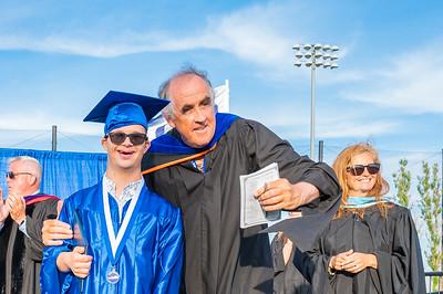 20210625-LBHS Graduation 2021Z62_2340