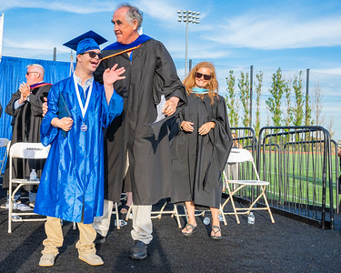20210625-LBHS Graduation 2021Z62_2343