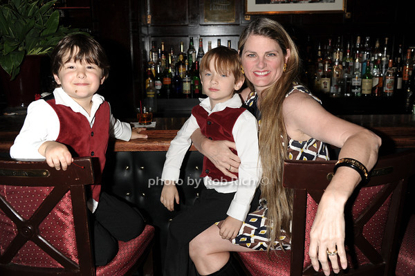 Lenny Lane, Frankie Lane, Bonnie Comley<br /> photo by Rob Rich © 2011 robwayne1@aol.com 516-676-3939
