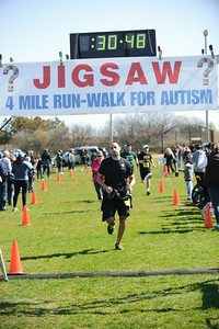 Jigsaw Race for Autism in East Islip 0577