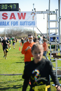 Jigsaw Race for Autism in East Islip 0576