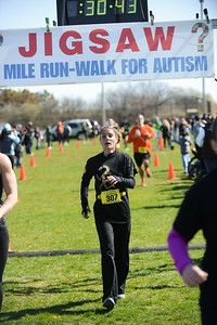 Jigsaw Race for Autism in East Islip 0574