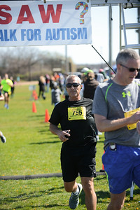 Jigsaw Race for Autism in East Islip 0562