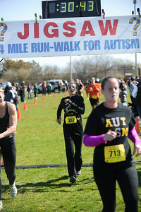 Jigsaw Race for Autism in East Islip 0573