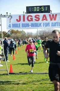 Jigsaw Race for Autism in East Islip 0579