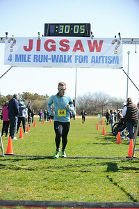 Jigsaw Race for Autism in East Islip 0546