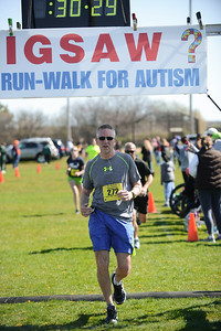 Jigsaw Race for Autism in East Islip 0561