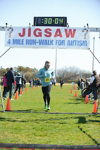 Jigsaw Race for Autism in East Islip 0545