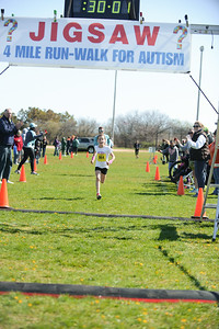 Jigsaw Race for Autism in East Islip 0540