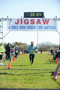 Jigsaw Race for Autism in East Islip 0544