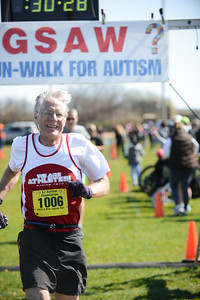 Jigsaw Race for Autism in East Islip 0560