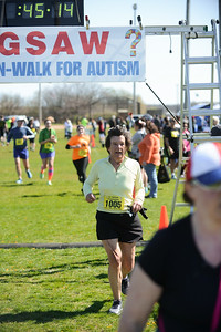 Jigsaw Race for Autism in East Islip 1254