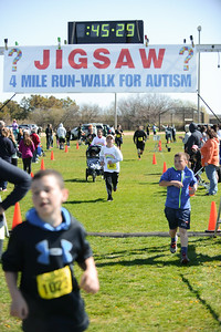 Jigsaw Race for Autism in East Islip 1266