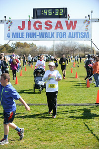 Jigsaw Race for Autism in East Islip 1268
