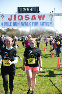 Jigsaw Race for Autism in East Islip 1288