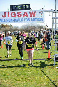Jigsaw Race for Autism in East Islip 1285