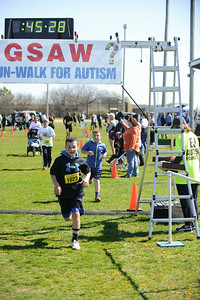 Jigsaw Race for Autism in East Islip 1264