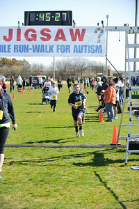 Jigsaw Race for Autism in East Islip 1263