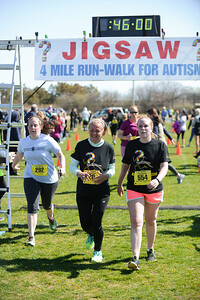Jigsaw Race for Autism in East Islip 1287