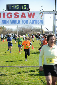Jigsaw Race for Autism in East Islip 1255