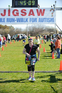 Jigsaw Race for Autism in East Islip 1250