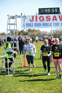 Jigsaw Race for Autism in East Islip 1286